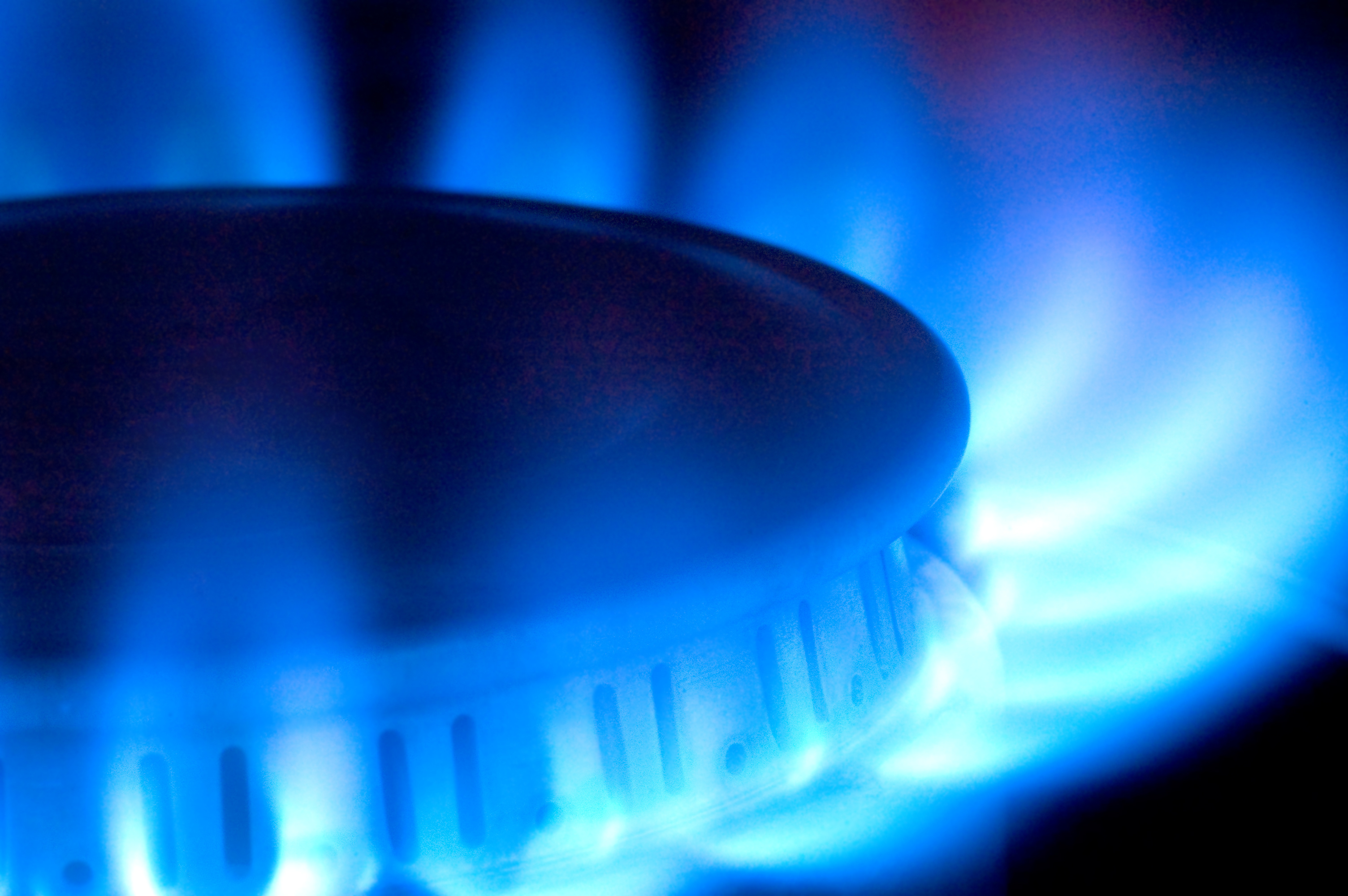 Smaller energy suppliers could thrive as rivals collapse - https://roomslocal.co.uk/blog/smaller-energy-suppliers-could-thrive-as-rivals-collapse #energy #suppliers #could #thrive #rivals