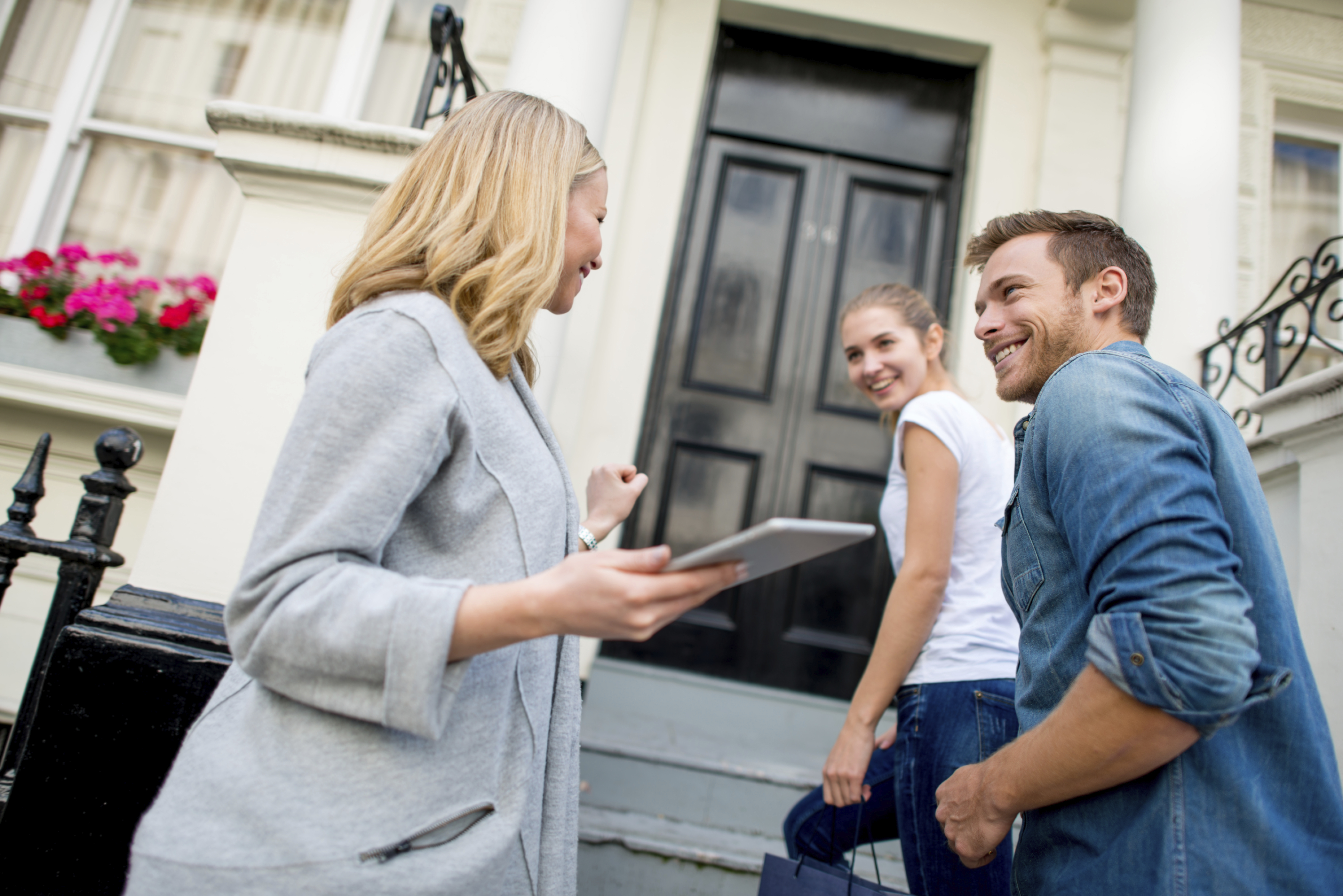 Terminating a Letting Agent's Contract - https://roomslocal.co.uk/blog/terminating-a-letting-agents-contract #letting #agents #contract