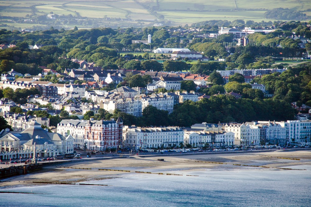 Isle of Man extends COVID eviction ban until December - https://roomslocal.co.uk/blog/isle-of-man-extends-covid-eviction-ban-until-december #extends #covid #eviction #until #december
