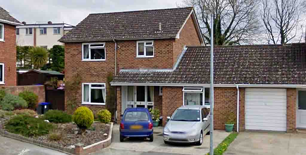 Nerve agent house to be sold with unusual sub-let rental clause - https://roomslocal.co.uk/blog/nerve-agent-house-to-be-sold-with-unusual-sub-let-rental-clause #contaminated #nerve #agent #sold #with