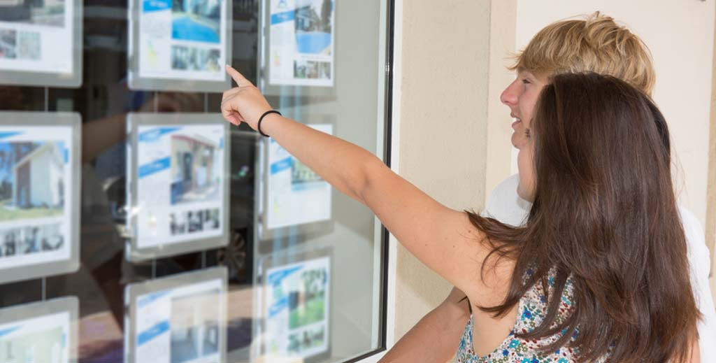 Rents for new tenancies rise as demand ramps up, say letting agents - https://roomslocal.co.uk/blog/rents-for-new-tenancies-rise-as-demand-ramps-up-say-letting-agents #tenancies #rise #demand #ramps #letting