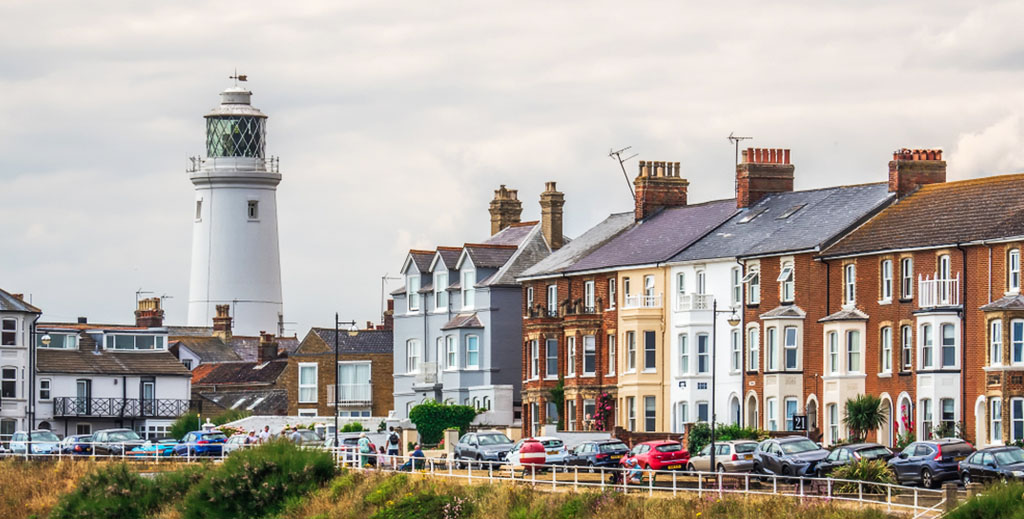 Landlords accused of 'greed' as thousands switch from traditional to holiday lets - https://roomslocal.co.uk/blog/landlords-accused-of-greed-as-thousands-switch-from-traditional-to-holiday-lets #accused #greed #thousands #switch #from