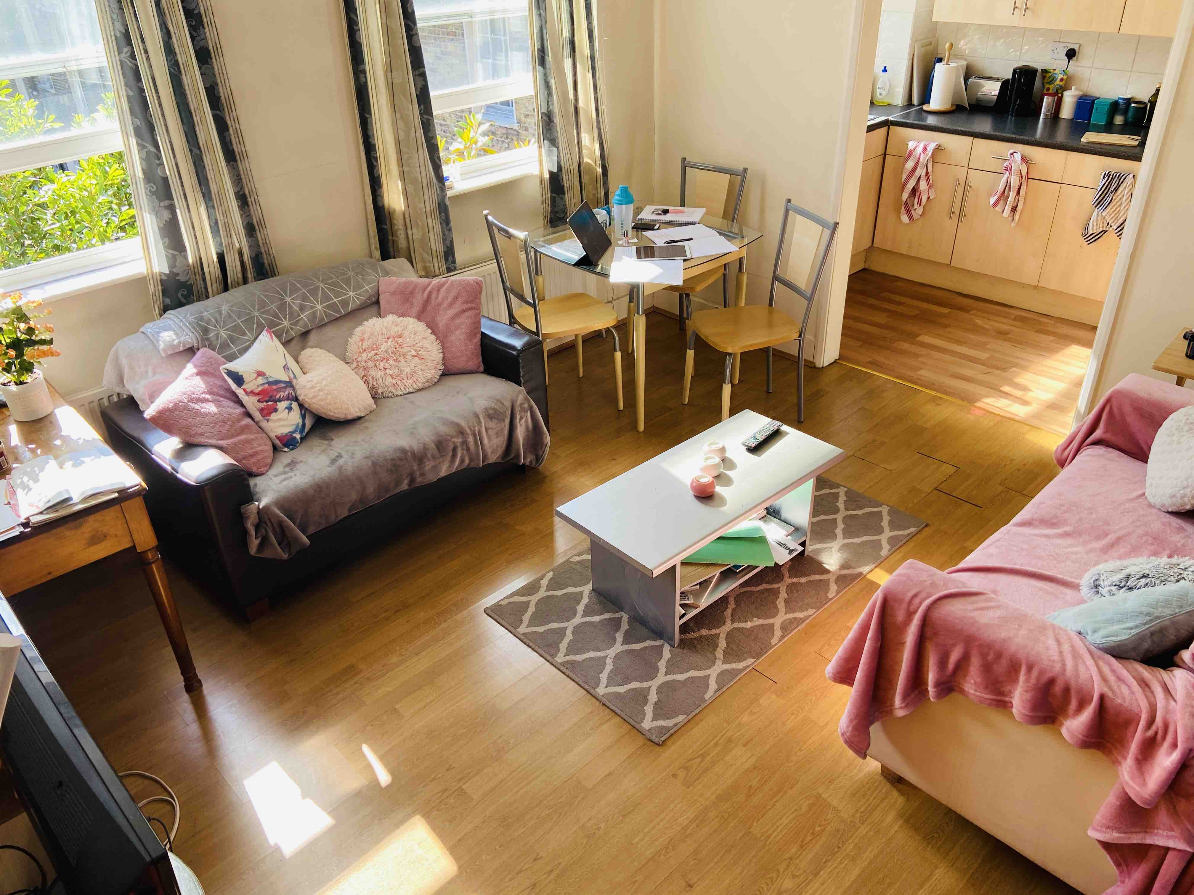 1 room in King's Cross, London, WC1X 9LX RoomsLocal image