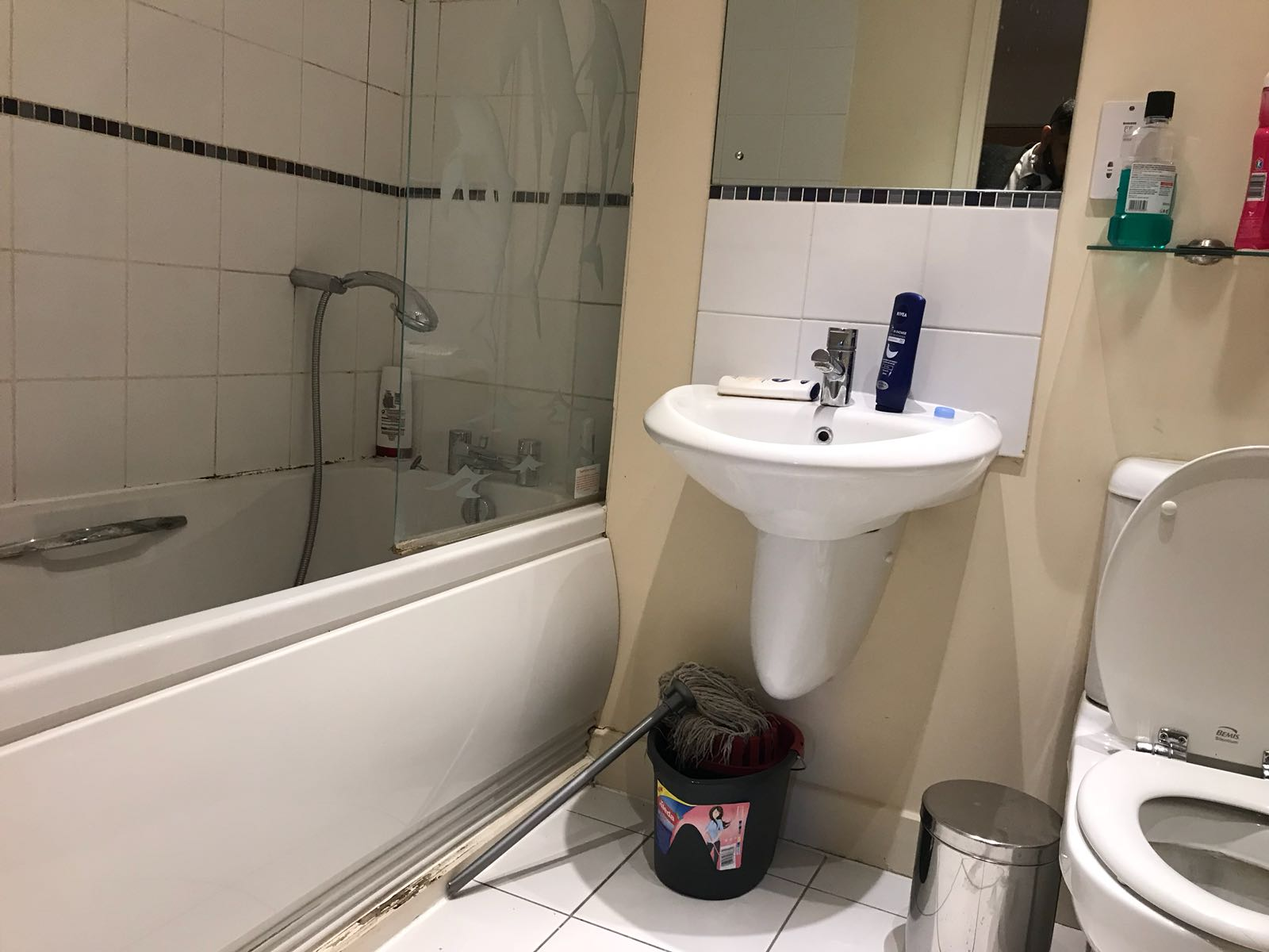 1 room in Blackwall, London, E14 9QS RoomsLocal image