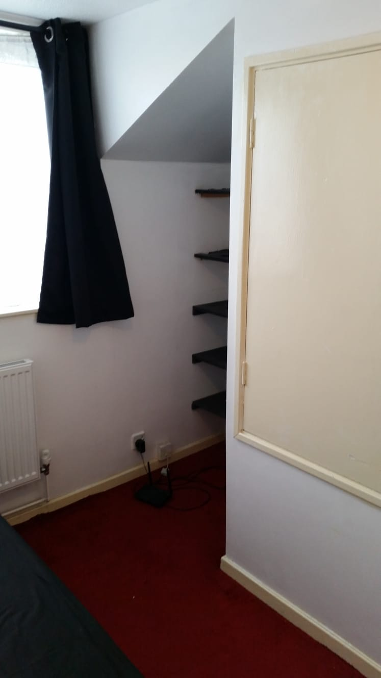 2 rooms in Vassall, Camberwell Green, SE5 9HZ RoomsLocal image