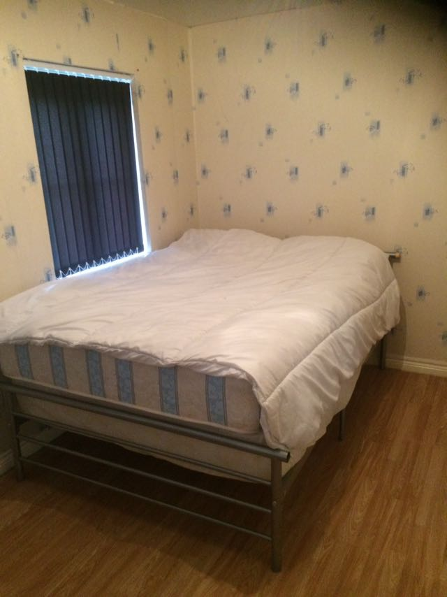 1 room in Wyken, Coventry, CV2 4GE RoomsLocal image