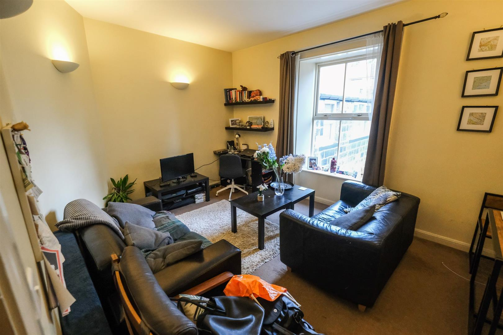 1 bedroom furnished flat in London SW1P 4SB image