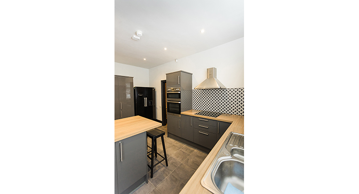 1 room in Dingle, Liverpool, L179QW RoomsLocal image