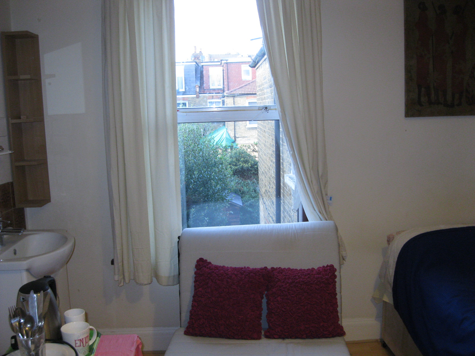 1 room in Chiswick Riverside, London, W44NT RoomsLocal image