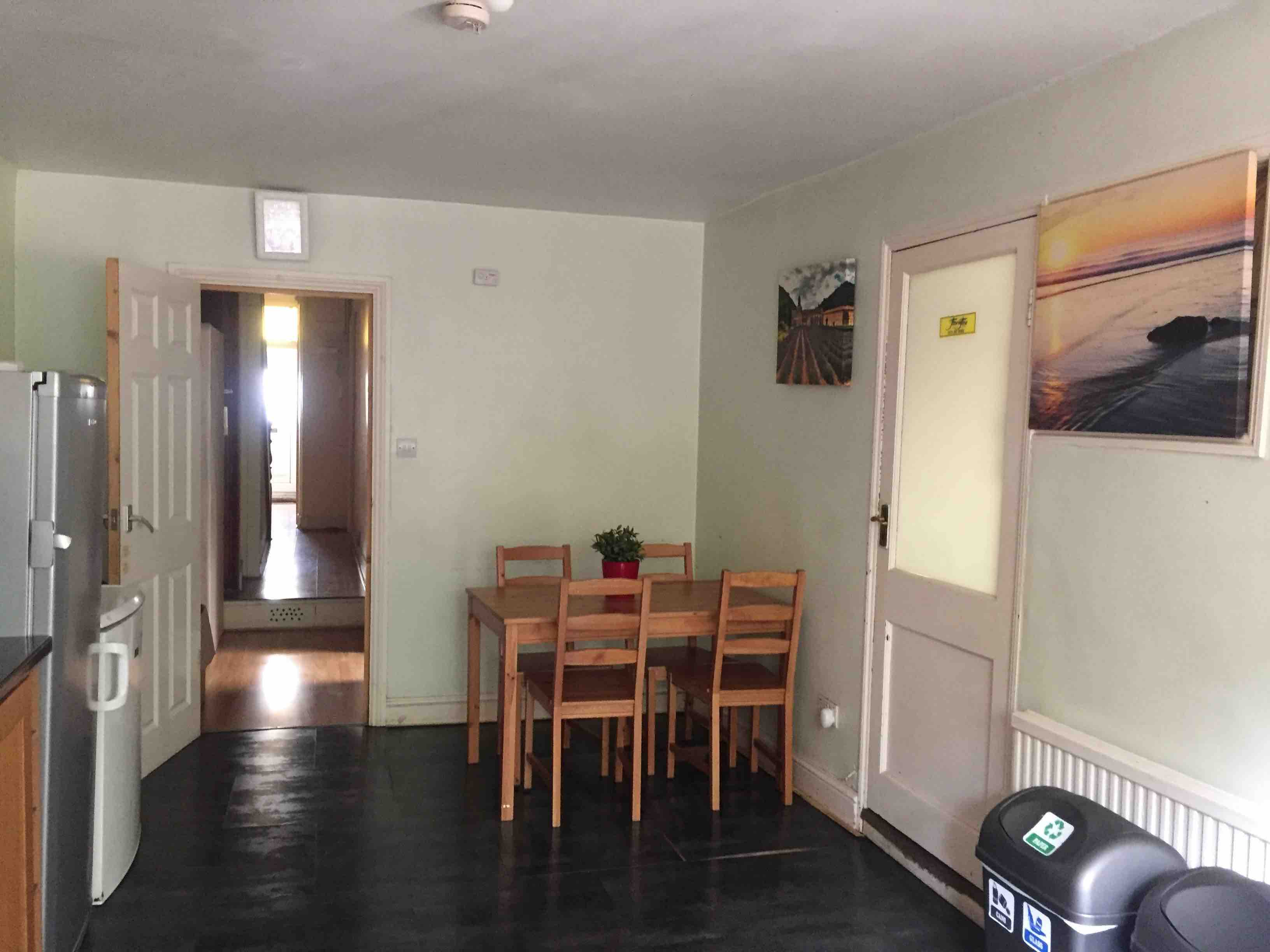 1 room in Bruce Grove, London, N17 8NG RoomsLocal image