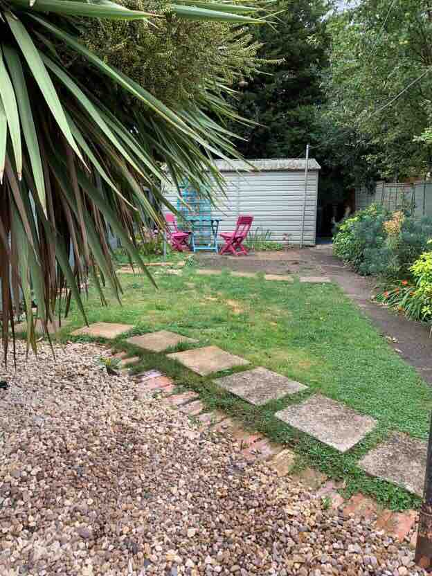 2 rooms in Hempsted, Gloucester, GL15EH RoomsLocal image