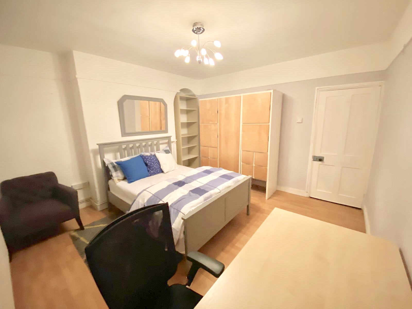 1 room in Holborn, Covent Garden, London, WC2 9ED RoomsLocal image