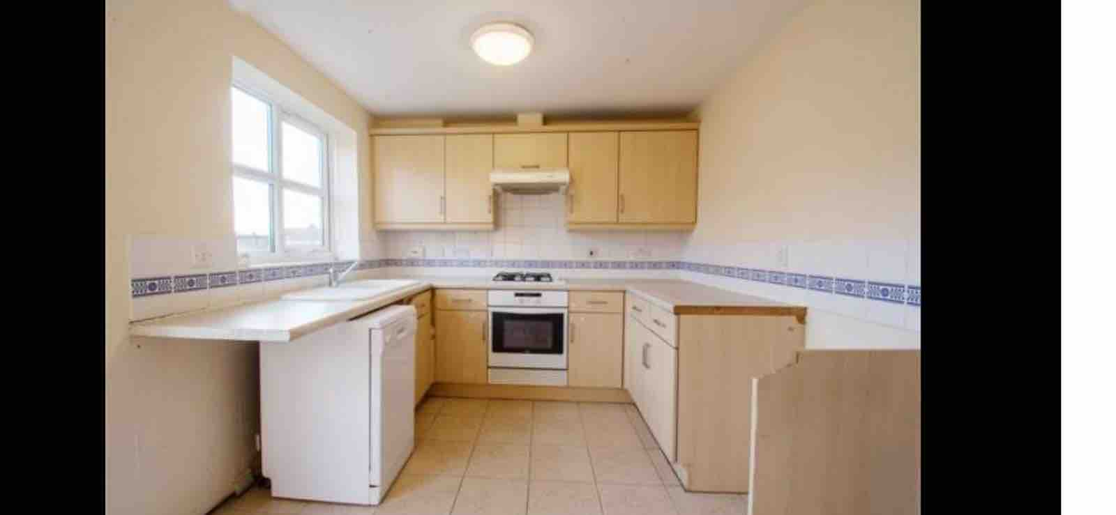 1 room in Bridlington, Bridlington, YO167HU RoomsLocal image