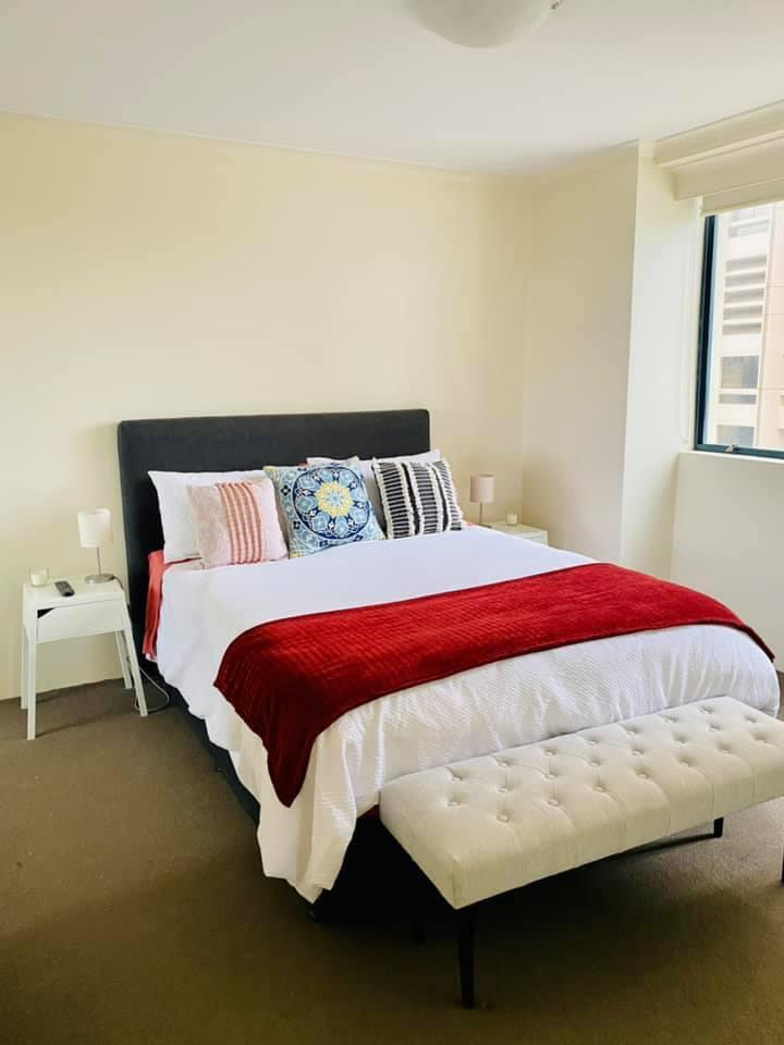 1 room in Westbourne, London, W11 3HQ RoomsLocal image