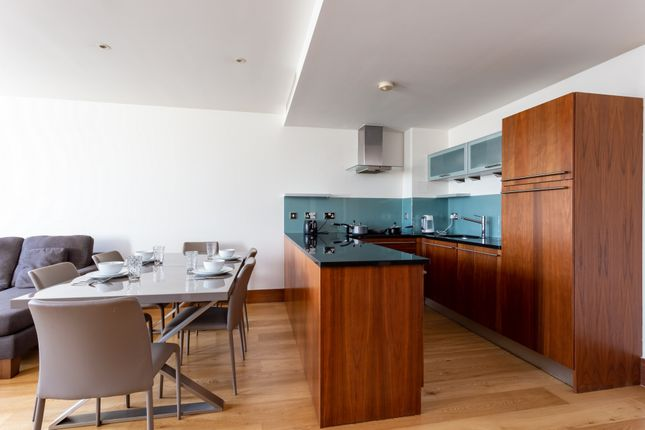 1 room in Fortune Green, London, NW3 7AA RoomsLocal image