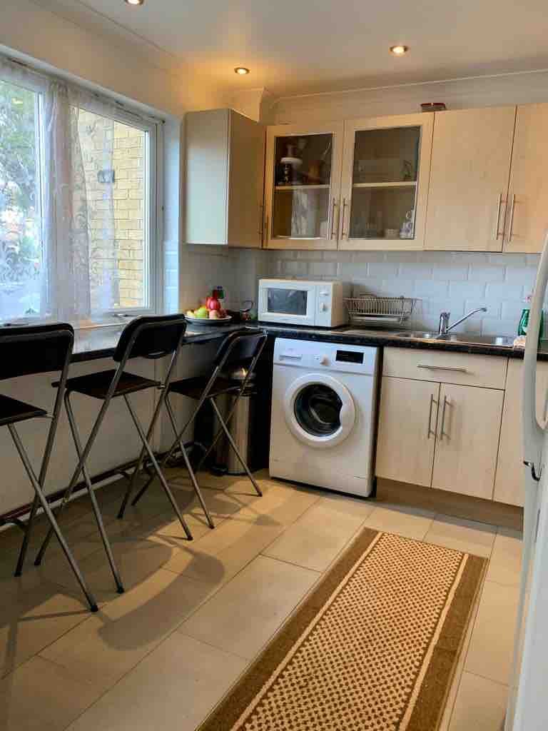 1 room in Old Kent Road, London, SE1 5HP RoomsLocal image