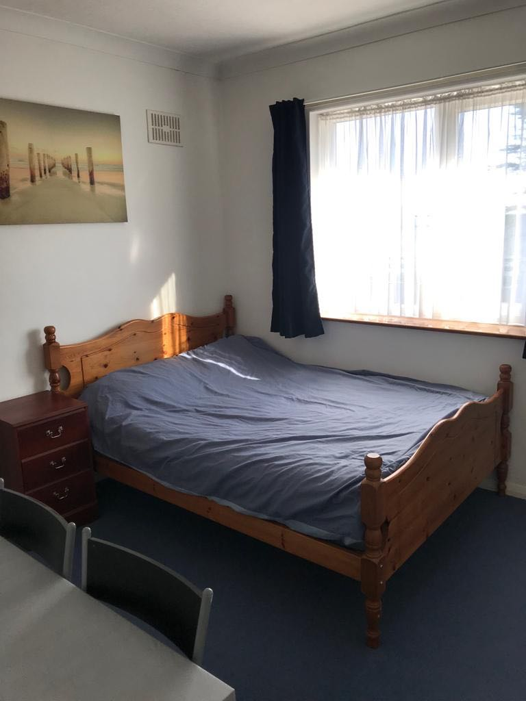 Spacious Double Room With Extra Storage! image