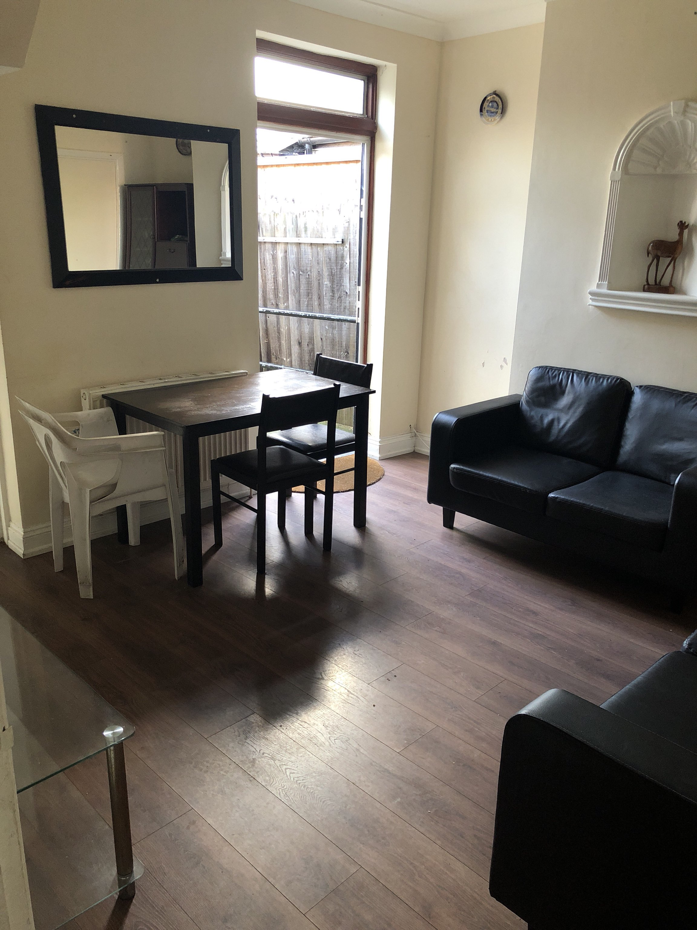 Property in East Ham South, London, E63QN RoomsLocal image