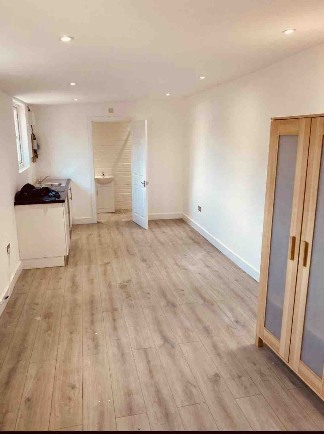 1 room in Heston East, Heston, TW5 0EP RoomsLocal image