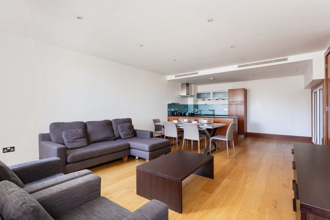 STUNNING ONE BEDROOM FLAT TO RENT image