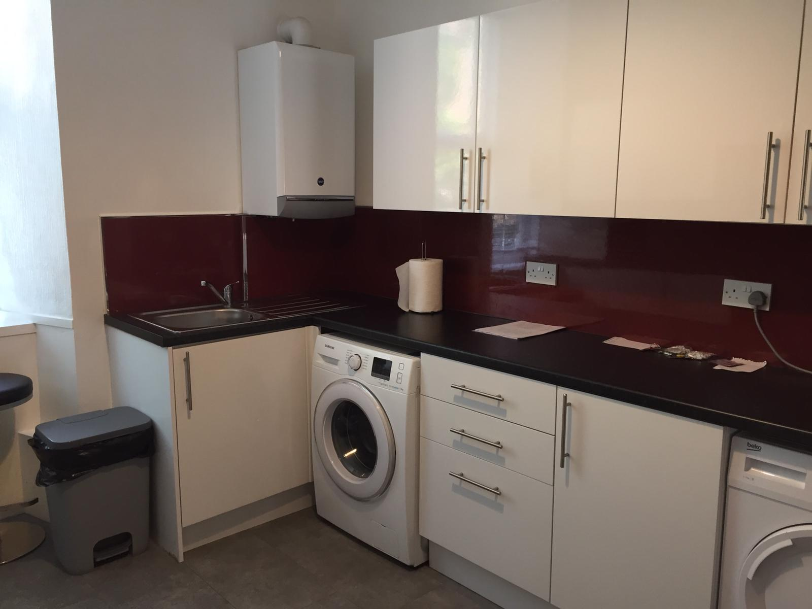 1 room in Glasgow, G3 8TJ RoomsLocal image