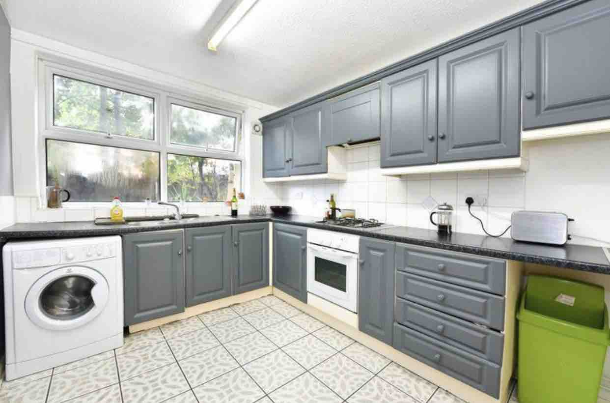 1 room in Hackney Downs, Hackney, E8 1LL RoomsLocal image