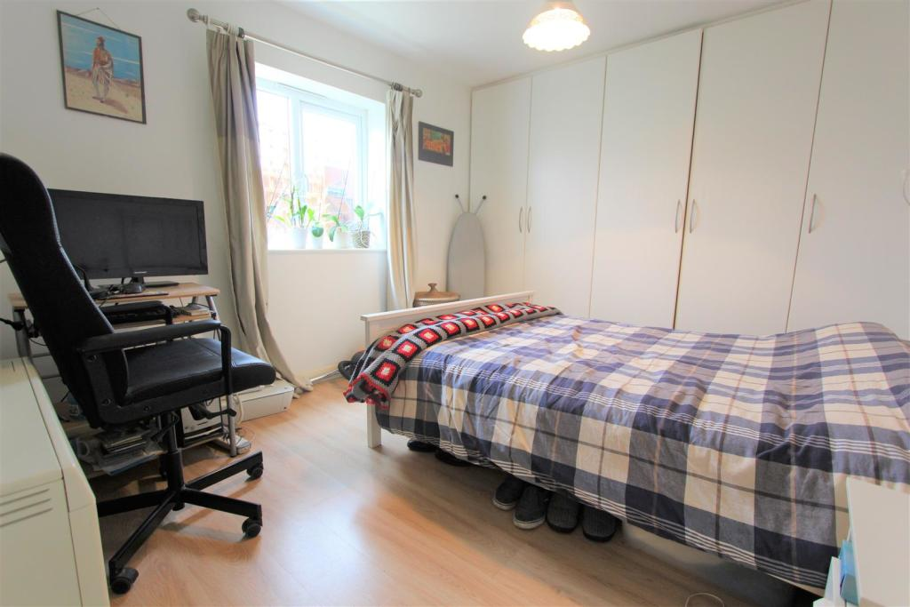 1 room in Castlefield, Manchester, M1 5QE RoomsLocal image