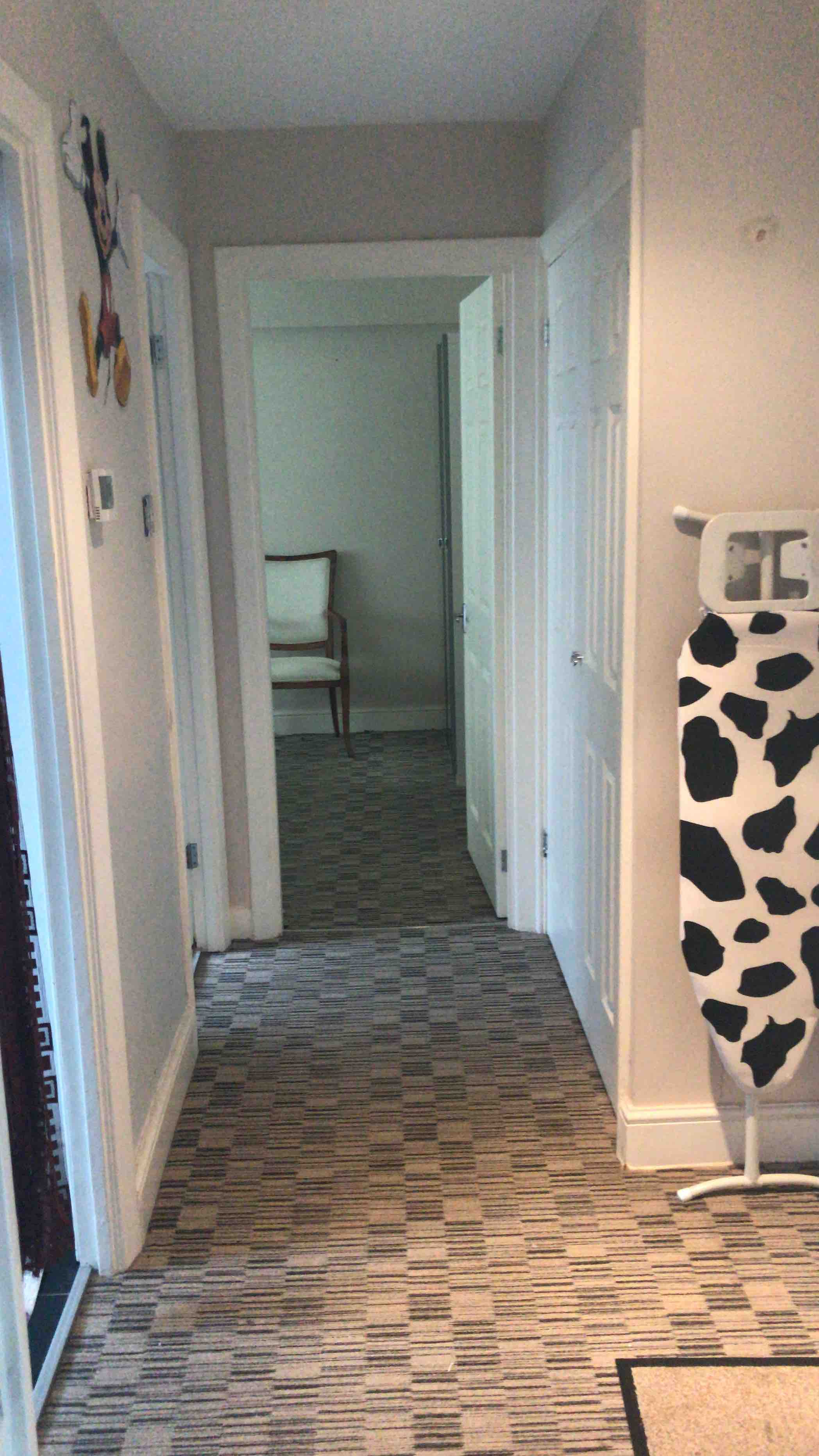 1 room in Fortune Green, London, NW26BT RoomsLocal image