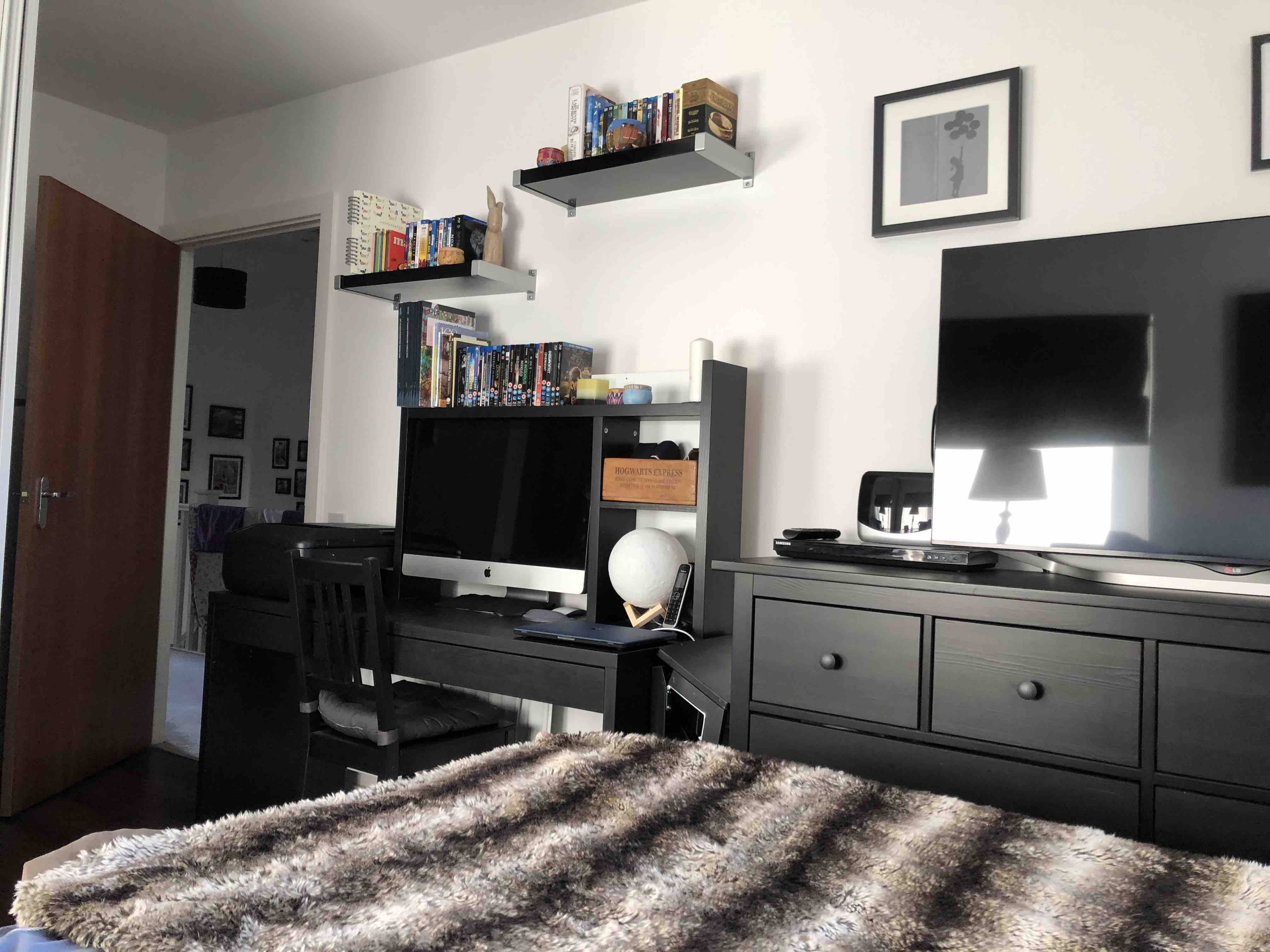 1 room in Thames, London, IG110FB RoomsLocal image