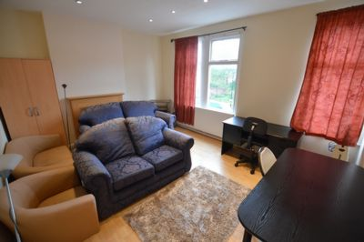 1 room in Leicester, Leicester, LE20LA RoomsLocal image