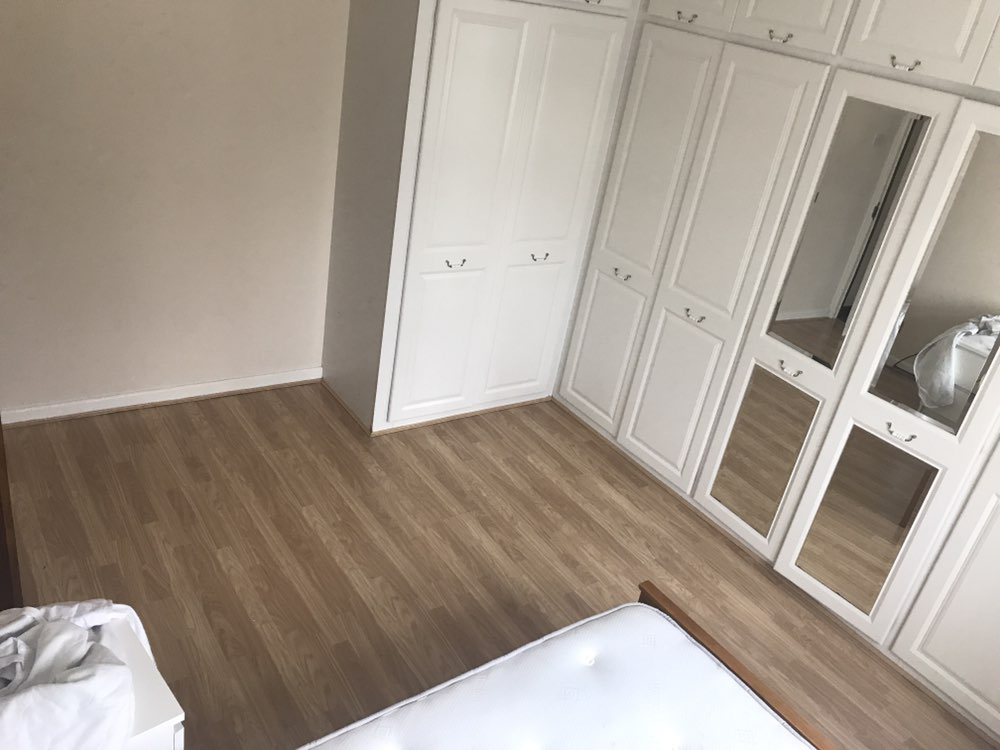 3 rooms in Hale End, London, E4 9NU RoomsLocal image