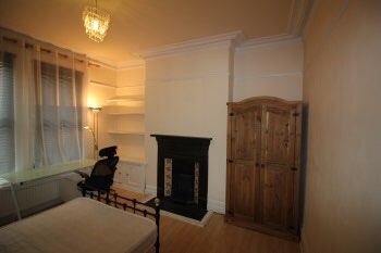 2 rooms in Fallowfield, Fallowfield, M146LU RoomsLocal image