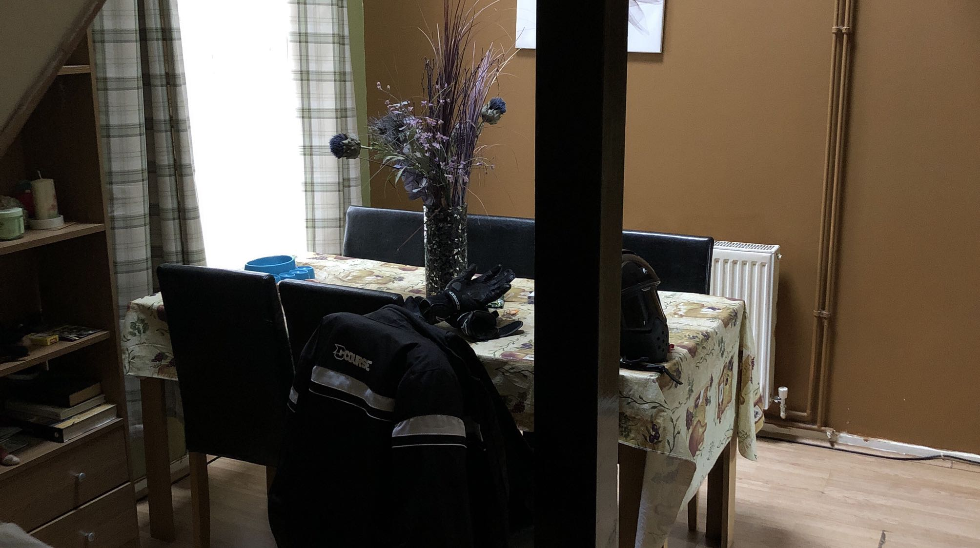 1 Double Bedroom Semi Furnished Northampton image