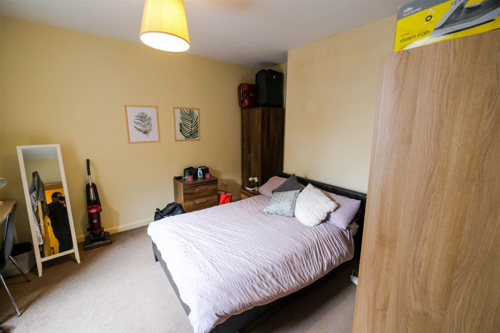 1 room in Fulham, London, SW6 1AJ RoomsLocal image