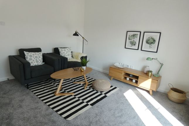 1 room in Chiswick Homefields, London, W4 1TH RoomsLocal image