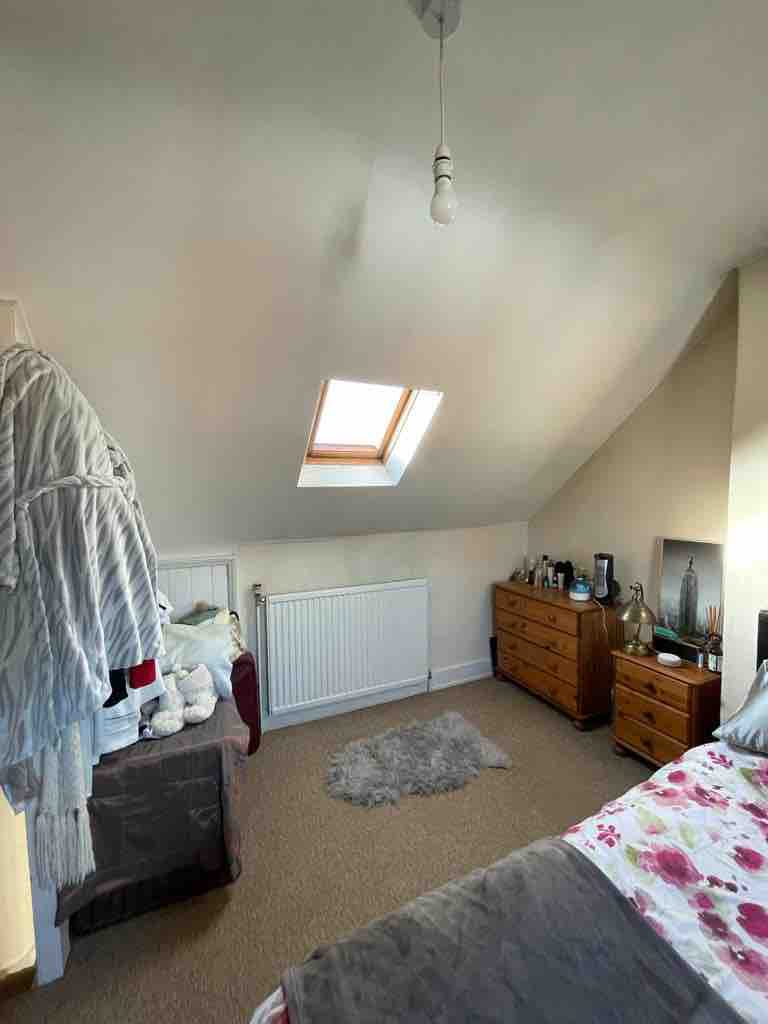1 room in Henley on Thames, Henley-on-Thames, RG91SD RoomsLocal image