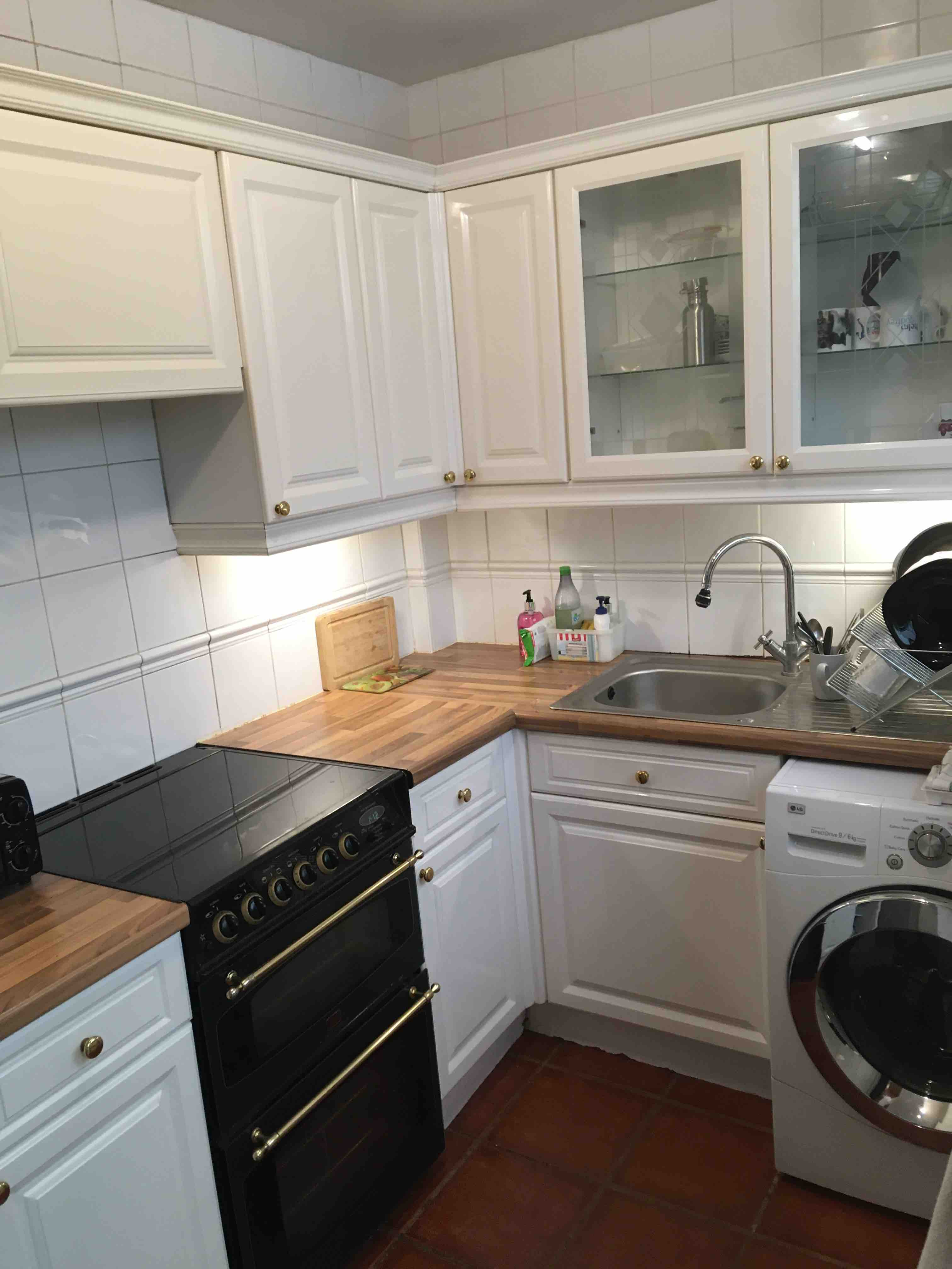 1 room in Becontree, Dagenham, RM8 2XT RoomsLocal image