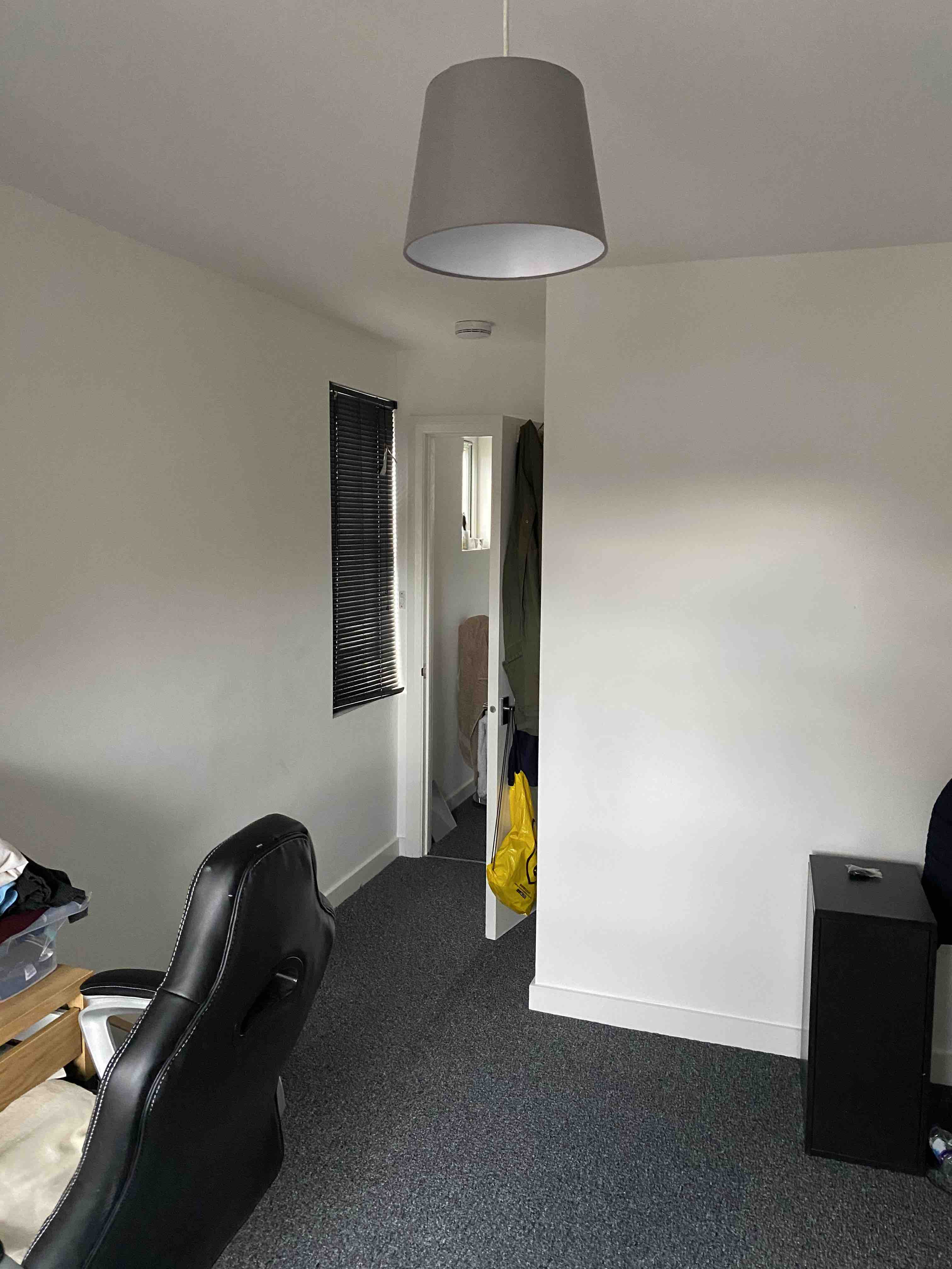 1 room in Walpole, London, W13 9EL RoomsLocal image