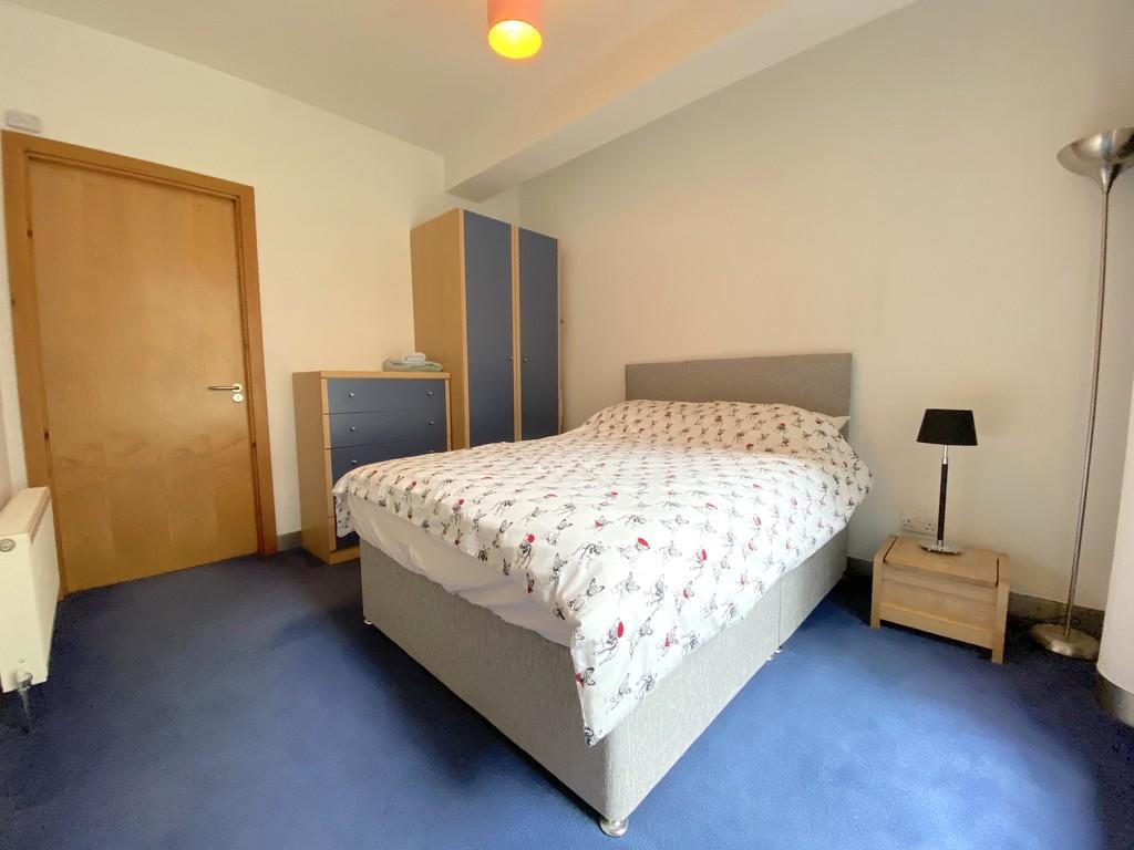 1 room in Birmingham, Birmingham, B16 8FN RoomsLocal image