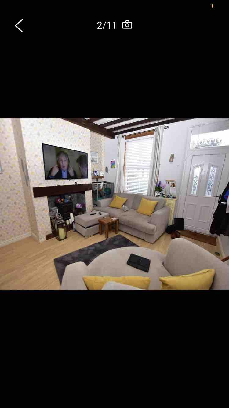 1 room in Neston, Neston, CH64 6QA RoomsLocal image