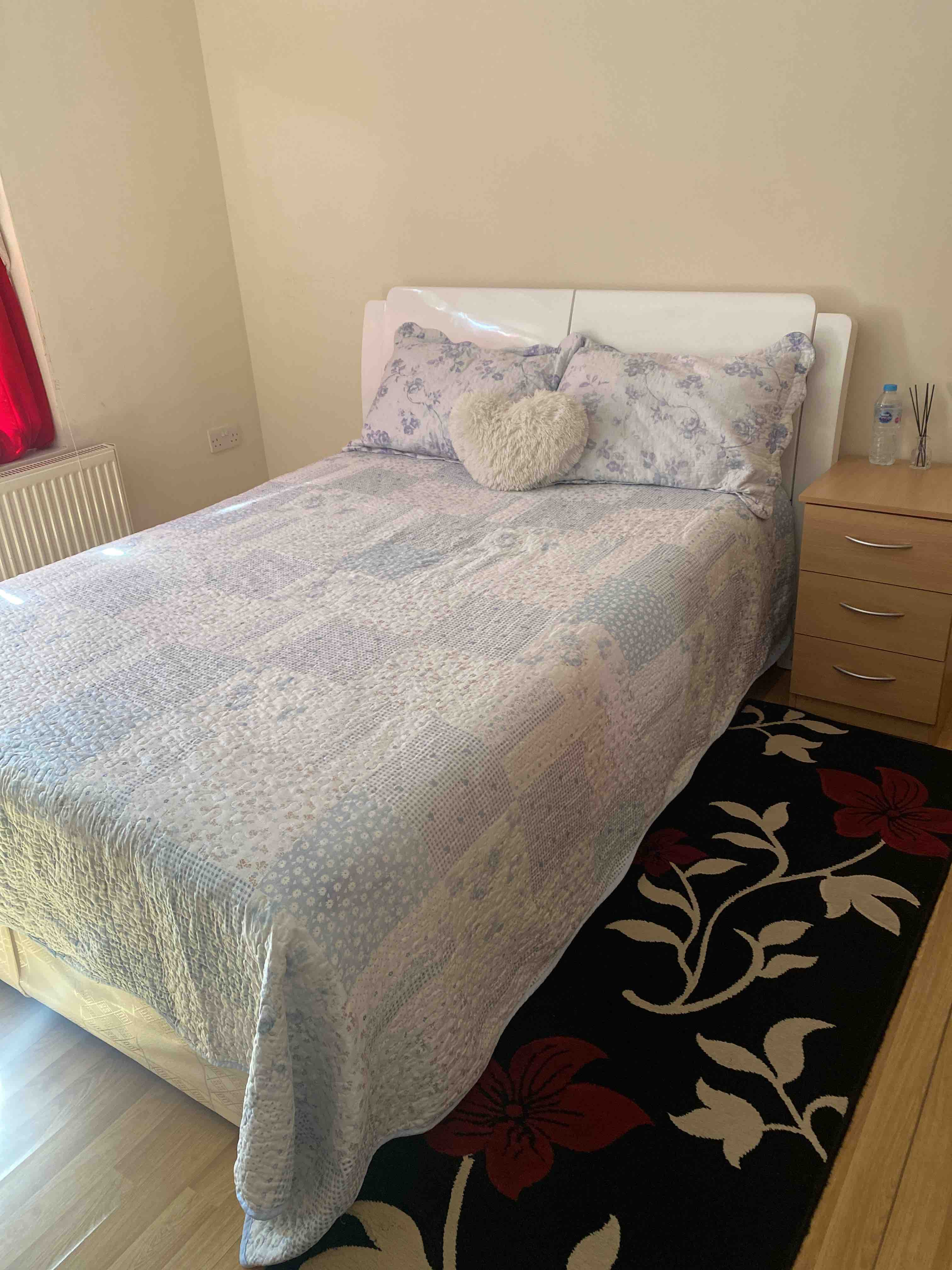 1 room in St. Dunstan's and Stepney Green, London, E1 4DA RoomsLocal image