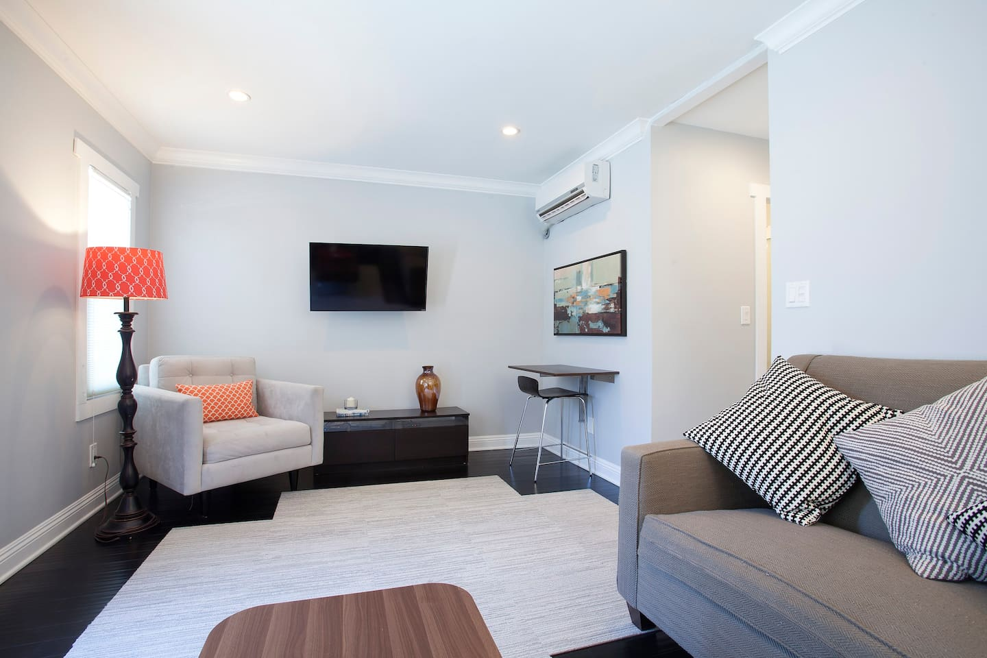 1 room in Royal Hospital, Chelsea, London, SW1 0AZ RoomsLocal image