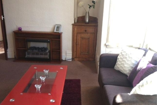 1 room in Charlcombe, Bath, BA12TZ RoomsLocal image