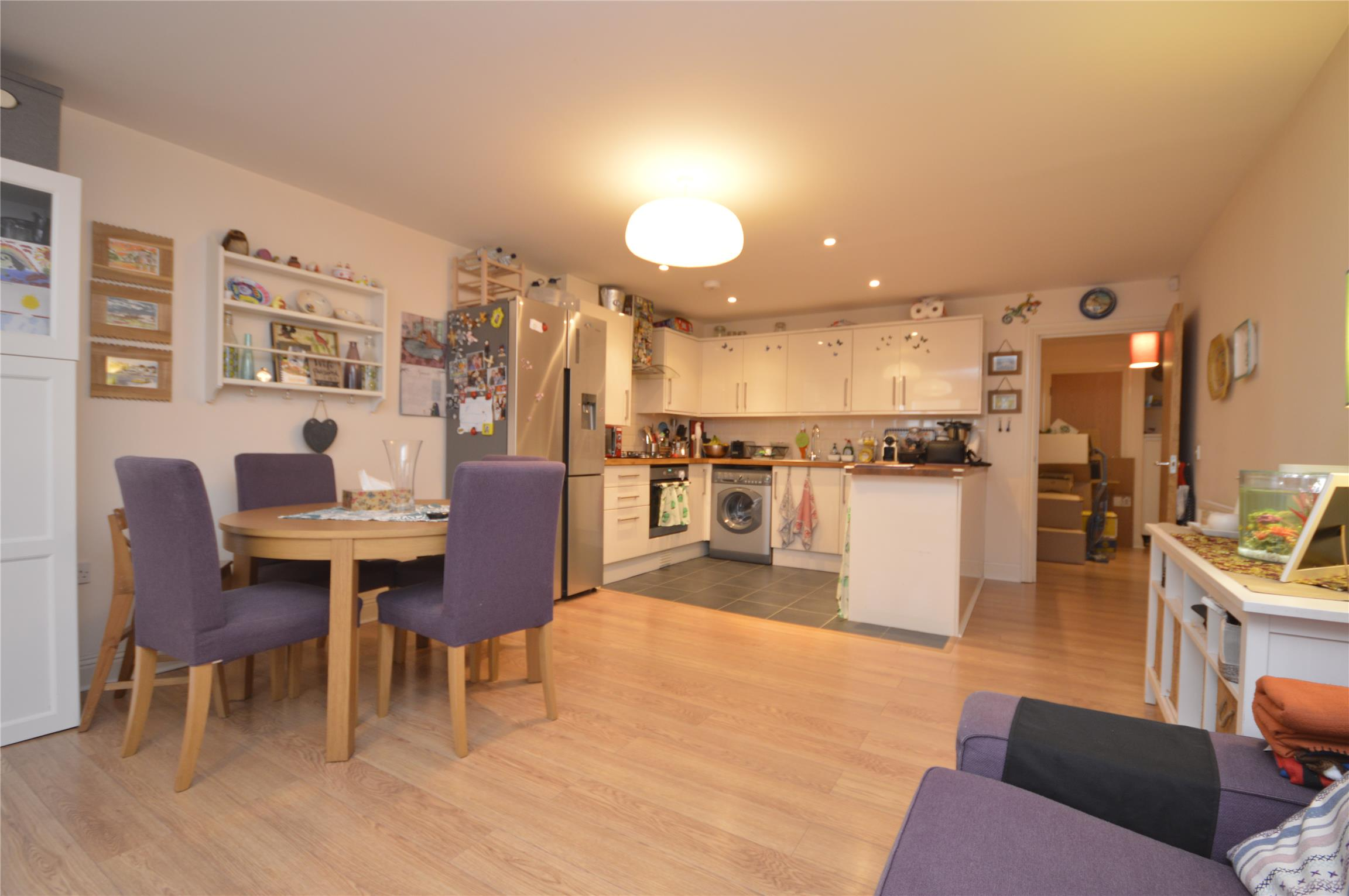 1 room in Shaftesbury, Clapham London, SW11 5QD RoomsLocal image