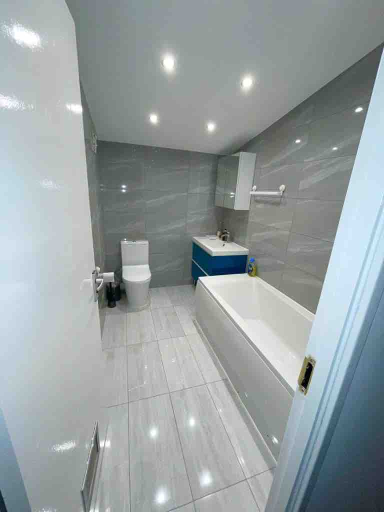 5 rooms in Westbourne, London, NW6 5PP RoomsLocal image