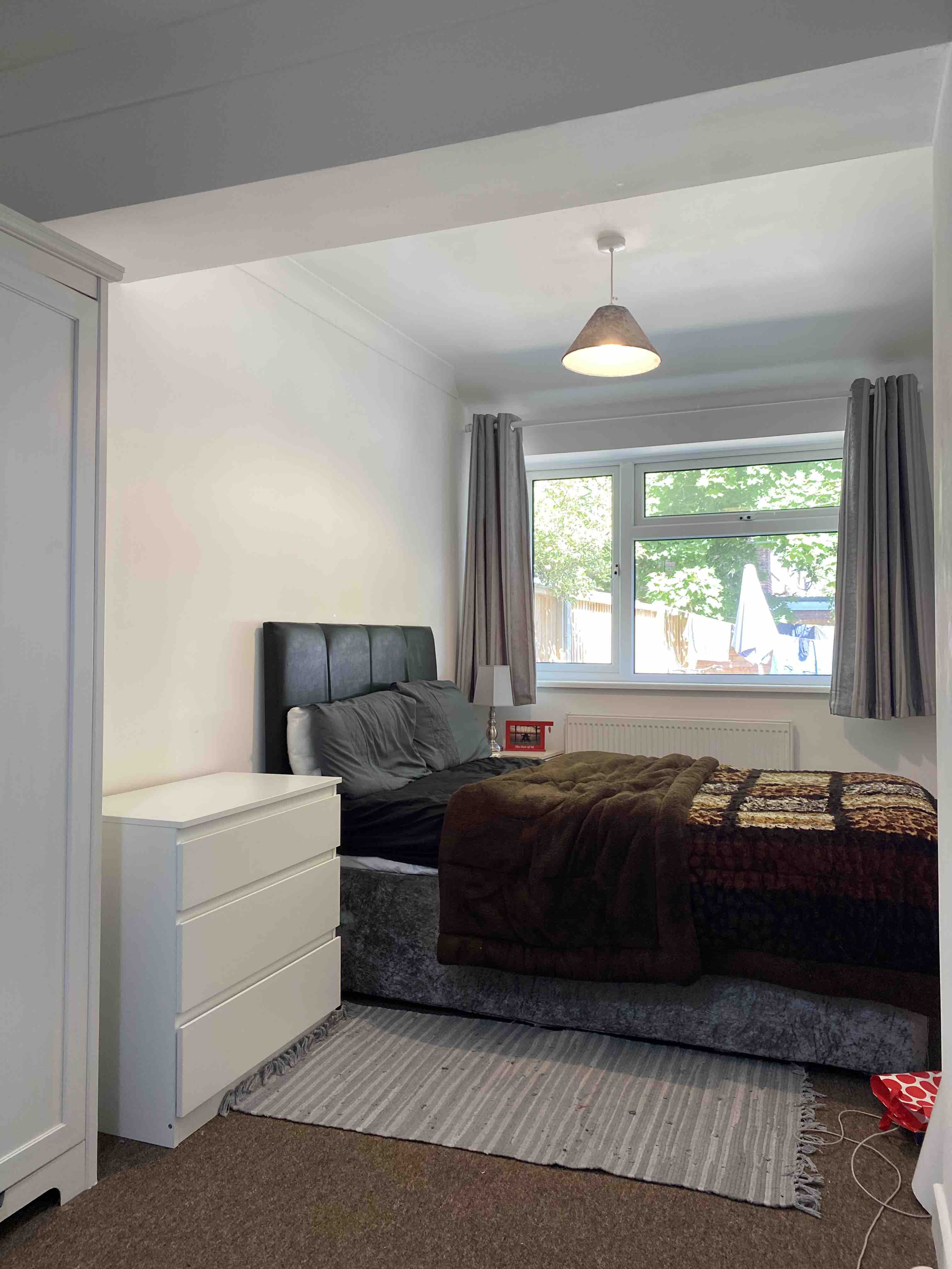 1 room in Eastleigh, Eastleigh, SO504NQ RoomsLocal image