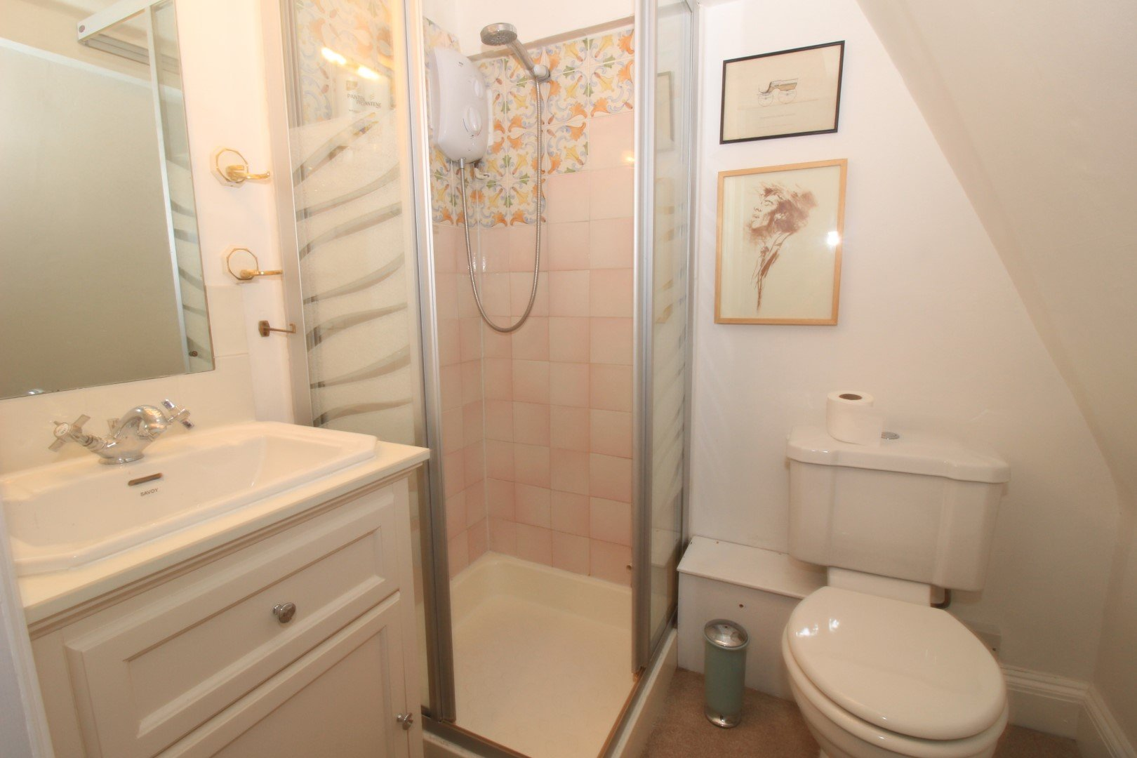 1 room in Holborn, Fitzrovia London, W1 4PT RoomsLocal image